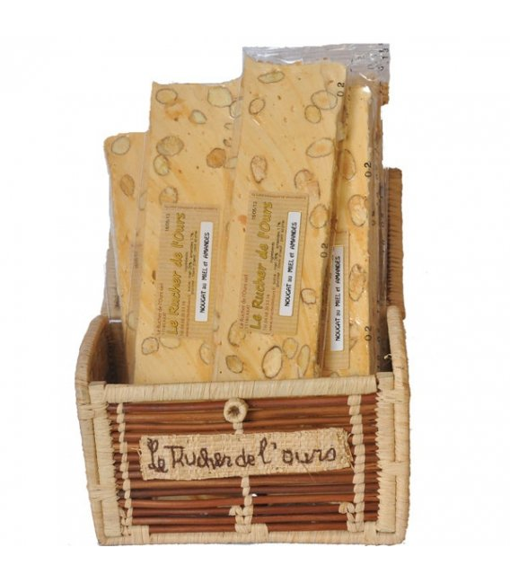 Almond nougat with pure honey